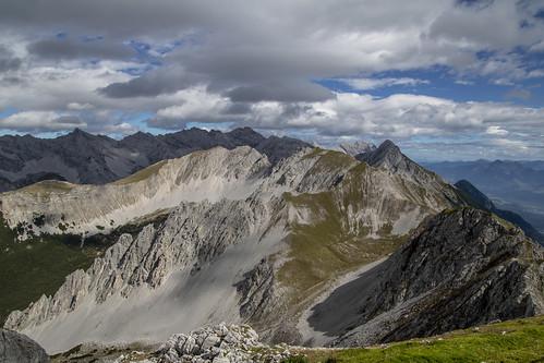 austria vacation europe innsbruck green mountain hafelekar