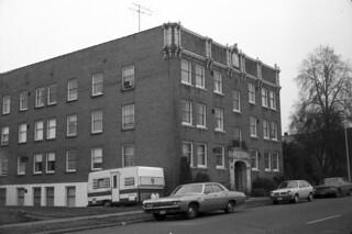 James Apartments, 1976